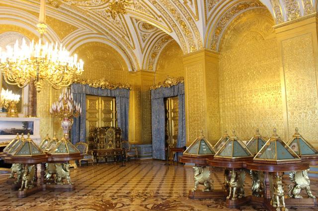 interno del Museo Ermitage a San Pietroburgo