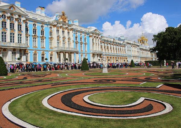 Visitare Pušhkin: il palazzo e il giardino di Caterina