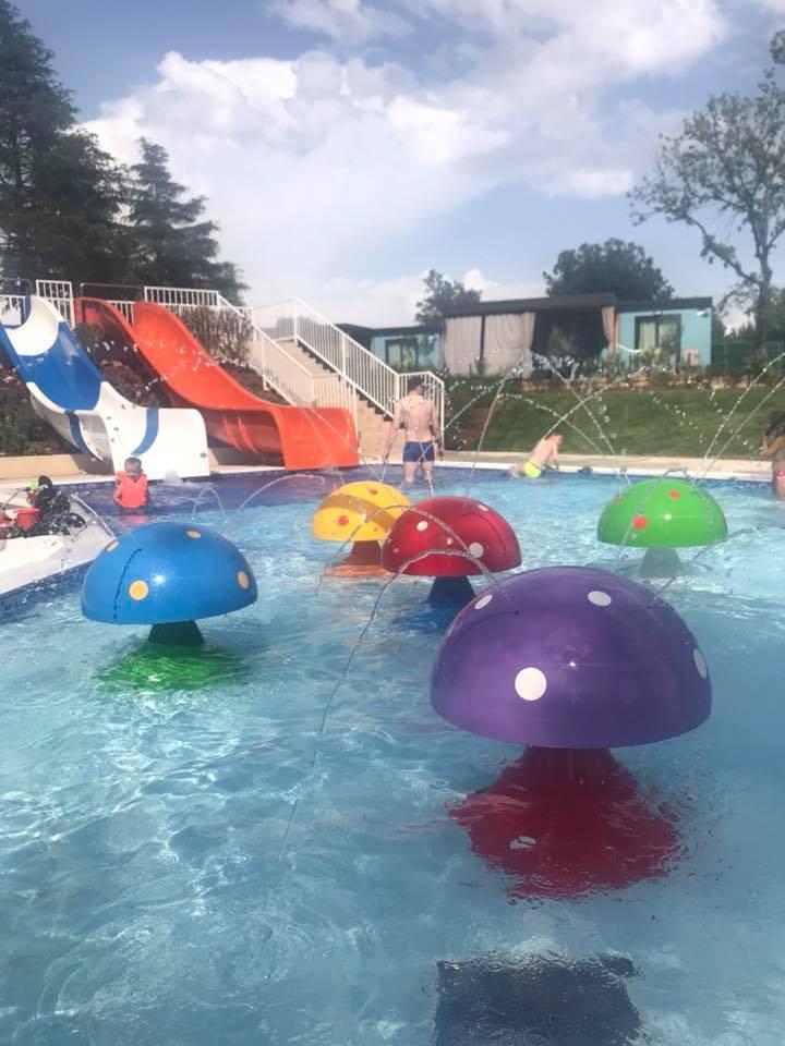 piscina bambini maro village camping lanterna