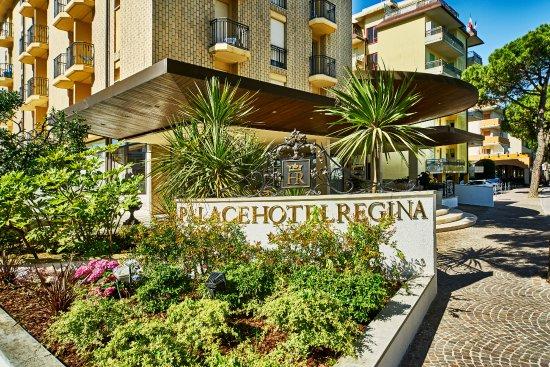 particolare-aiuola-palace hotel regina-bibione