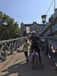 ponte delle catene a piedi