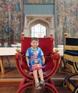 giacomo sul trono di enrico viii a hampton court