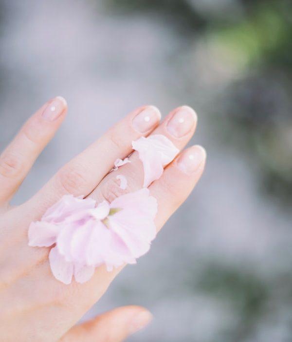 Beauty travel tips: come prendersi cura di pelle, unghie e capelli