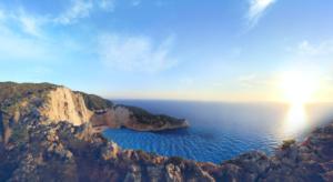 una-delle-migliori-spiagge-della-grecia-navagio
