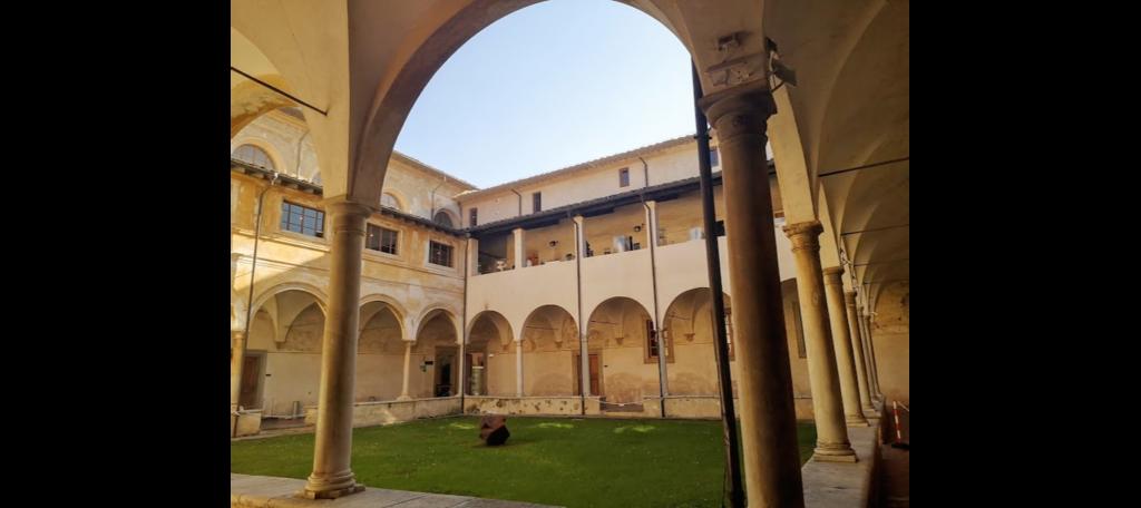 Chiostro s.Agostino a Pietrasanta