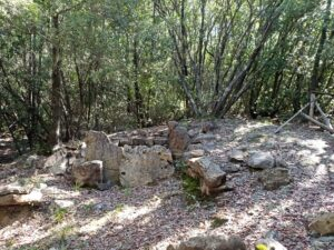 tombe etrusche al lago dell'accesa